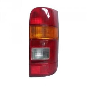 Feu arrière droit complet Toyota HiAce IV 1989-1994 (phase 1)