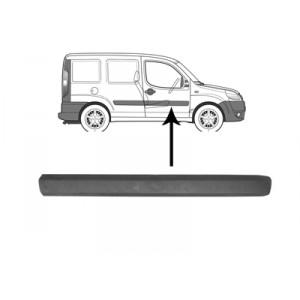 Moulure porte avant droite Fiat Doblo 2006 - 2010