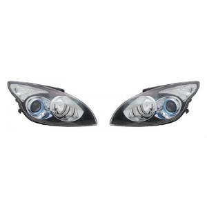 2 optiques de phares avant Hyundai i30 2010-2012